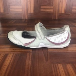 PRIVO by CLARKS Mary Jane Slip On Flats